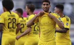Achraf Hakimi Mouh of Borussia Dortmund celebrates scoring