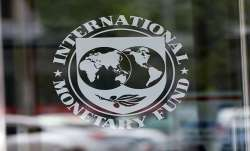 IMF urges Pakistan to freeze govt salaries