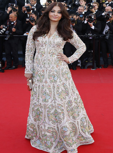5 Best Looks Of Aishwarya Rai Bachchan At Cannes Over The