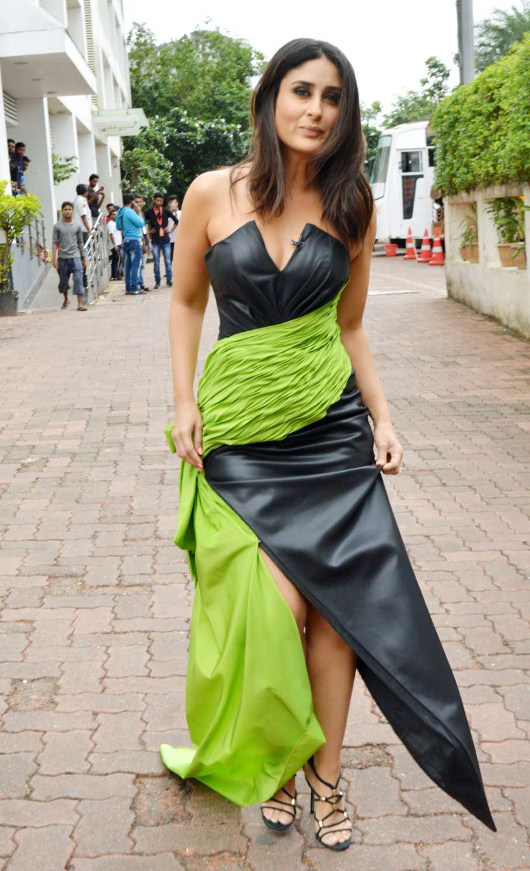 In blue off-shoulder dress with green drape, Kareena ...