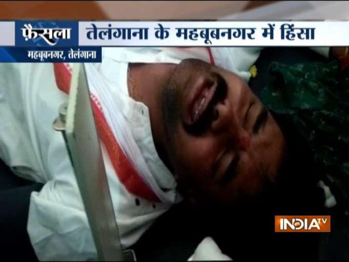 Clash between BJP, Congress workers in Mahbubnagar