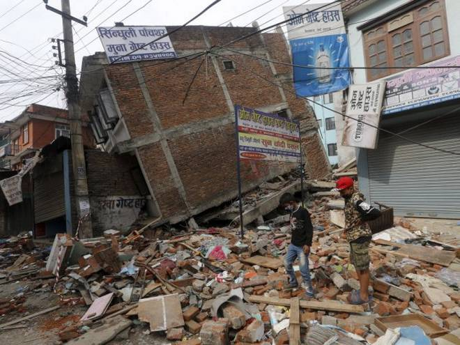India extends Rs 1.6 billion aid to Nepal for rebuilding