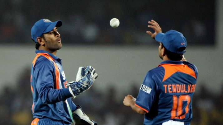 Have a great year ahead: Sachin Tendulkar wishes MS Dhoni on 39th birthday